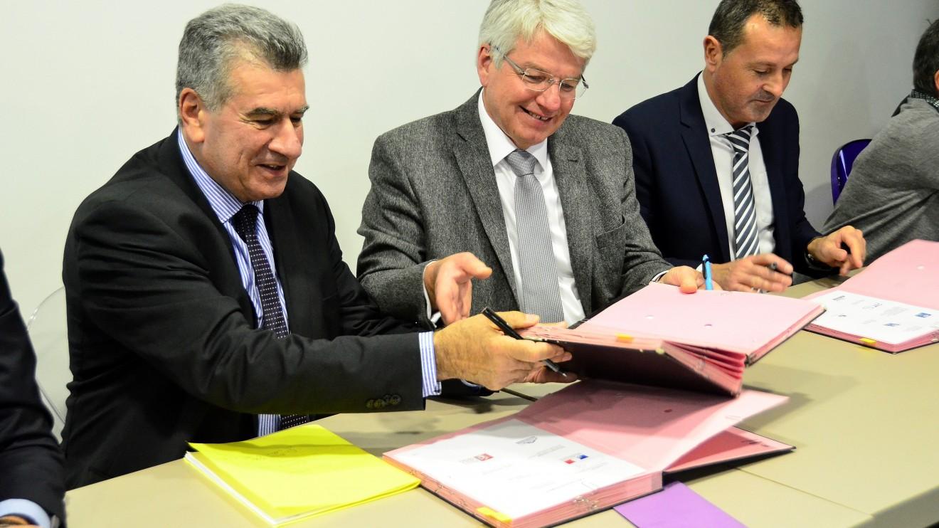 Signature du contrat de ville